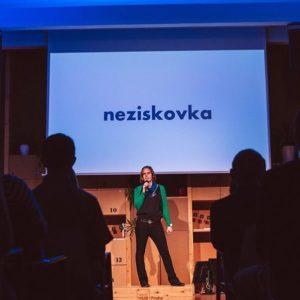 prezentace na pódiu